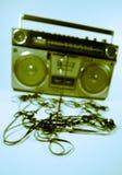 Sujete con cinta adhesiva el boombox que arroga Imagen de archivo libre de regalías
