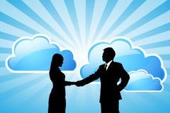 Sukcesu biznesu drużyna oblicza technologię z chmurą Obrazy Royalty Free