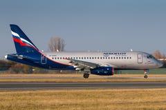 Sukhoi SSJ-100 Аэрофлот стоковые фотографии rf