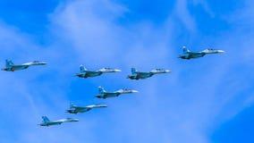 8 Sukhoi Su-30SM (flanker-c) y Su-35 (flanker-e) Fotos de archivo libres de regalías