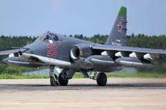Sukhoi Su-25SM RF-93037 bierze daleko po modernizaci przy Kubinka bazą lotniczą rosyjska siły powietrzne Fotografia Stock