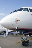 Sukhoi Superjet 100 på den internationella rymdsalongen för MAKS Royaltyfria Bilder