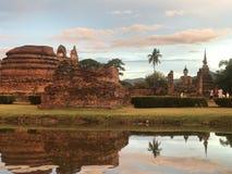 Sukhothai在晚上 免版税库存照片