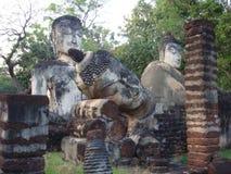 sukhothai статуи Будды Стоковая Фотография