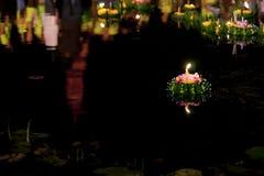sukhothai för loi för stearinljusfestivalkrathong Arkivbilder
