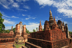 Sukhothai historical park: Buddha statue and ancient temple Stock Photo