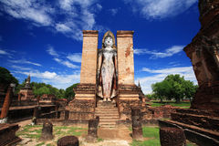 Sukhothai historical park - wat Mahathat landmark Royalty Free Stock Images