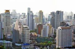 Sukhumvit budynki w Bangkok Zdjęcia Stock