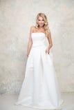 sukienka ślubna panny młodej white Blondynka Zdjęcia Stock