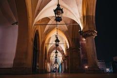Sukiennice Muzealny wnętrze przy Krakow, Polska obraz royalty free