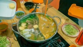 Sukiyaki eller shabu royaltyfria bilder