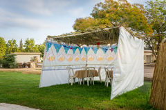 Sukkah -犹太假日Sukkot的庆祝的符号临时小屋 库存图片