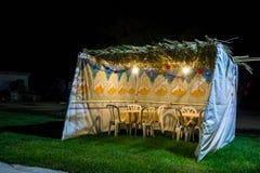 Sukkah - choza temporal simbólica para la celebración del día de fiesta judío Sukkot Fotografía de archivo libre de regalías