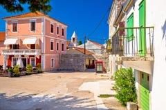Sukosan古老村庄在扎达尔石头街道和正方形vi附近的 免版税图库摄影