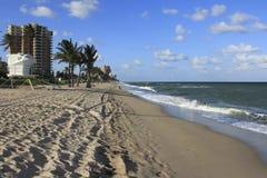 Sul da praia do Fort Lauderdale do nascer do sol Fotografia de Stock