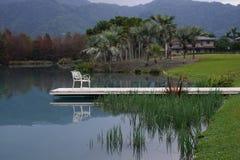 Sul lago Immagini Stock