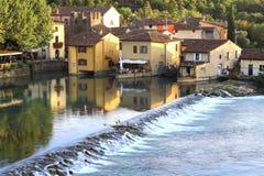 Sul Mincio de Borghetto Photo stock