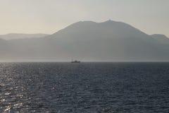 Sul modo a Kerkira, la Grecia immagini stock
