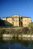 Sul Naviglio Italia, canale di Cernusco di Martesana Fotografia Stock