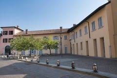 Sul Naviglio Milán, Italia de Cernusco: edificios fotografía de archivo