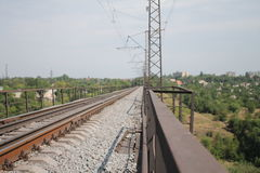 Sul ponte ferroviario immagine stock libera da diritti