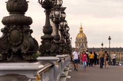 Sul ponte - PONT ALEXANDRE III, Parigi Fotografie Stock Libere da Diritti