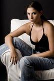 Sul sofà 2 Immagini Stock