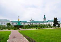 Sul territorio del monastero del salvatore-Yakovlev in Rostov La Russia Fotografie Stock Libere da Diritti