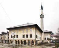 Sulejmanijamoskee (Gekleurde moskee) in Travnik In de schaduw gestelde hulpkaart met belangrijke stedelijke gebieden Stock Afbeelding