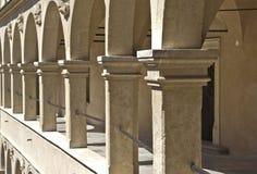 Säulengangschloss-Säulengänge Pieskowa Skala Lizenzfreies Stockbild