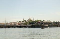 Suleymaniye清真寺和金黄垫铁,伊斯坦布尔 图库摄影