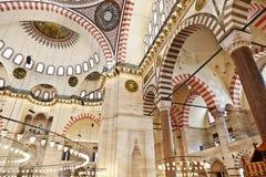 Suleymaniye清真寺在伊斯坦布尔土耳其-内部 免版税库存图片