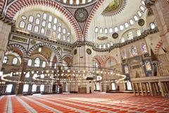 Suleymaniye清真寺在伊斯坦布尔土耳其-内部 免版税图库摄影