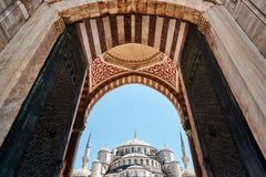 Suleymaniye清真寺,伊斯坦布尔,土耳其的华丽木门 库存图片