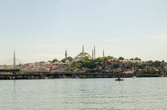 Suleymaniye moské och guld- horn, Istanbul Arkivbild