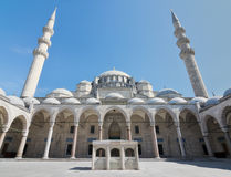 Suleymaniye Mosque, an Ottoman imperial mosque located on the Third Hill of Istanbul, Turkey, and the second largest mosque in the. Exterior low angle day shot Stock Photography