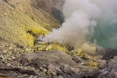 Sulfur deposit in Kawah Ijen volcano Royalty Free Stock Images