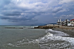 Sulla costa la pioggia Fotografie Stock