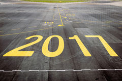 2017 sulla pista dell'aeroporto Fotografie Stock Libere da Diritti