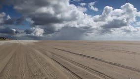 Sulla spiaggia stupefacente di Sonderstrand video d archivio