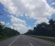 Sulla strada da Nongkhai a Khonkaen, la Tailandia immagine stock