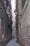 Sulle vie del quarto gotico a Barcellona Immagine Stock Libera da Diritti