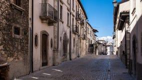 Sulmoan Stary miasteczko w Abruzzo gór regionie Obraz Stock