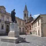 Sulmona Abruzzi, Italië, historische gebouwen stock afbeeldingen