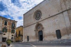 Sulmona Abruzzi, Italia, iglesia de Santa Maria della Tomba imagenes de archivo