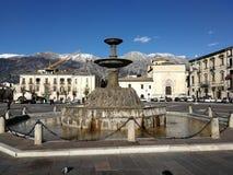 Sulmona - Fontanone de la plaza Garibaldi imágenes de archivo libres de regalías