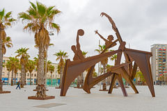 Sulpture olimpico Barcellona, Spagna fotografie stock libere da diritti