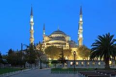 Sultan Ahmed Mosque i otta, Istanbul, Turkiet Arkivbilder