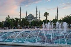Sultan Ahmet Mosque en puesta del sol Foto de archivo