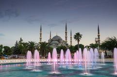 Sultan Ahmet Mosque en puesta del sol Fotos de archivo libres de regalías